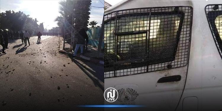 احتجاجات الشابة: إصابة 10 أعوان أمن وتضرر 10 سيارات أمنية