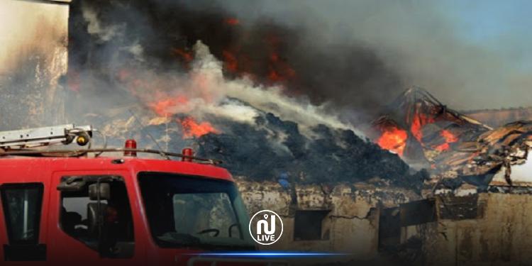 نابل: السيطرة على الحريق الذي نشب ببناية قديمة محاذية للمدرسة الابتدائية ابن خلدون