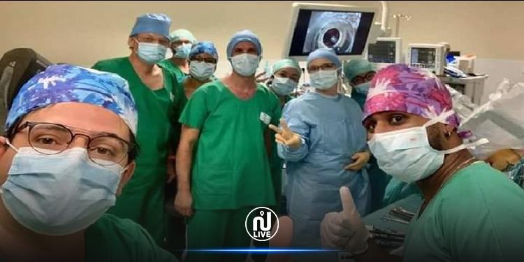 فرنسا: طبيب تونسي يدخل التاريخ بعملية جراحية بواسطة روبوت
