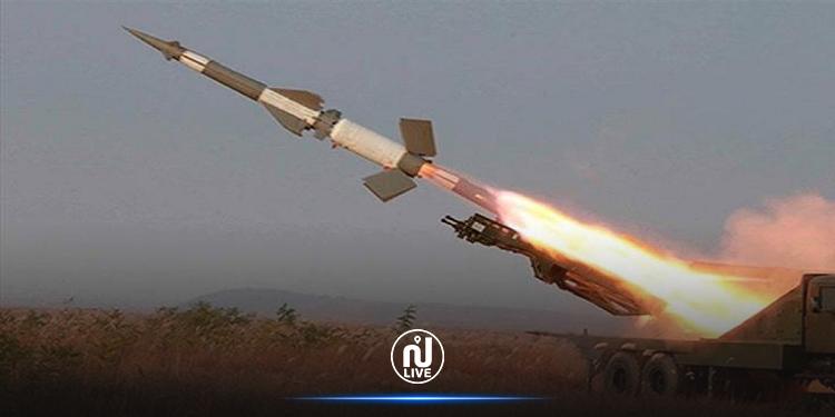 الحوثيون يستهدفون الرياض بصاروخ باليستي