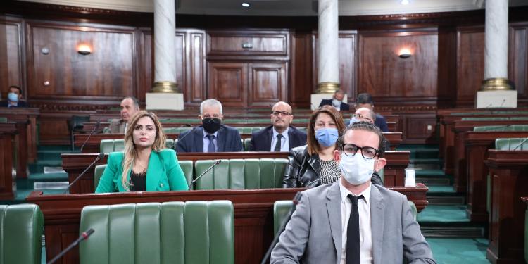 الخليفي:  رئيس الجمهورية أوصل البلاد إلى حالة انسداد