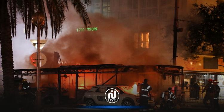 استهداف مبنى ملاصق لمقر السفير القطري وتدميره بالكامل