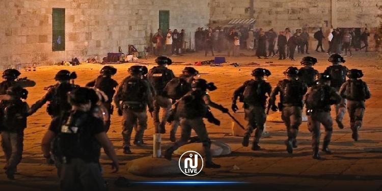 كتلة حركة النهضة تندد بالاعتداء السّافر والوحشي على المُصلين بالمسجد الأقصى