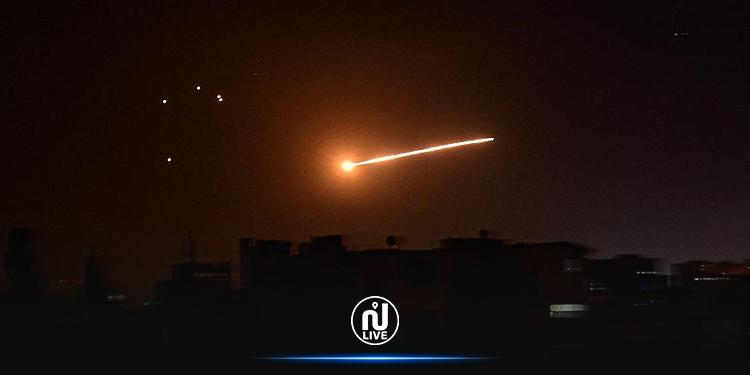 جيش الاحتلال الصهيوني يقصف مواقع بدمشق وحمص
