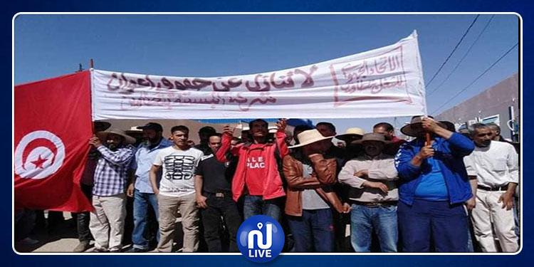 Tataouine: Les ouvriers de la société de l'environnement en grève