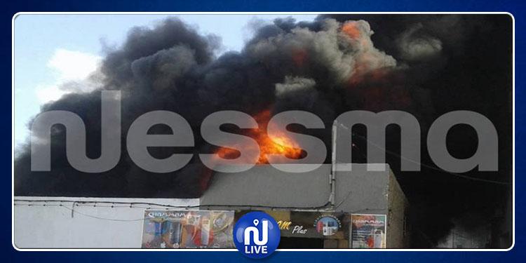 Sidi Bouzid: incendie dans un local de vente de carburant (Vidéo)