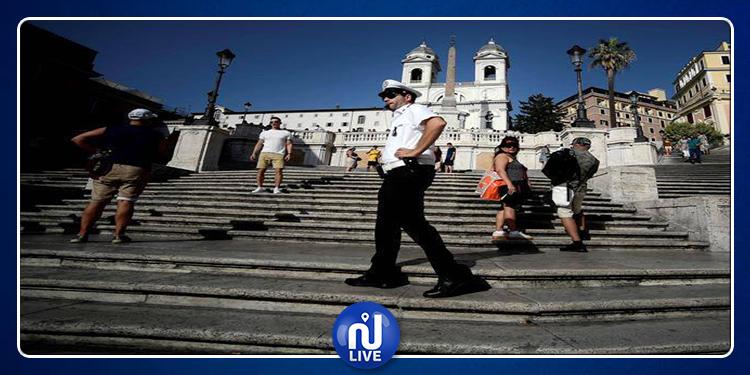 Rome : Il est désormais interdit de s'asseoir sur les marches de la Trinité des Monts