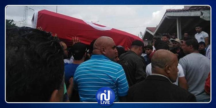 Le corps du martyr Néjib Cherni est arrivé dans sa ville natale, au Kef (Photos)