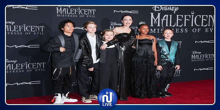 Angelina Jolie resplendissante avec ses 5 enfants…