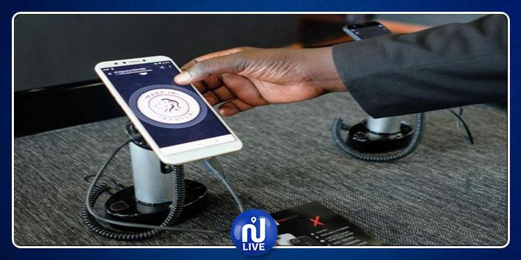 Le Rwanda lance son 1er smartphone 100 % ''made in Africa''