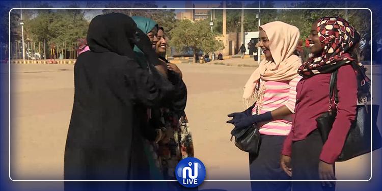 Les Soudanaises libres de s'habiller comme elles veulent ...