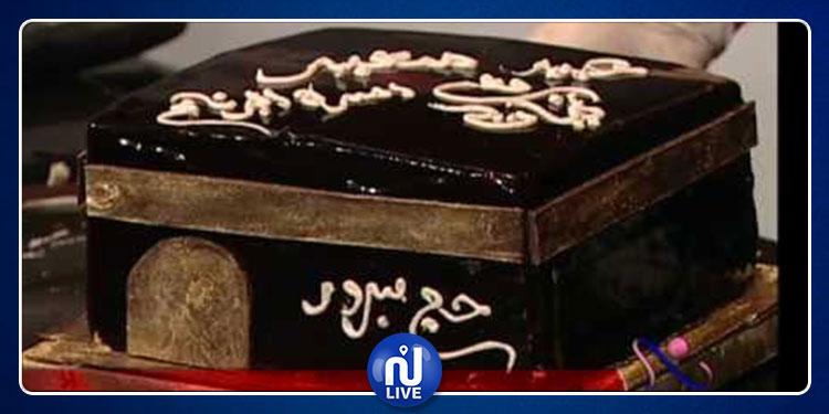 شيخ جزائري : صنع الحلويات على شكل الكعبة المُشرفة حرام