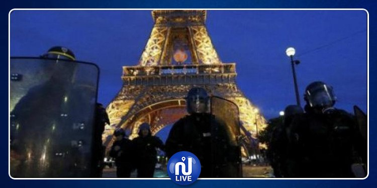 Paris: La tour Eiffel évacuée