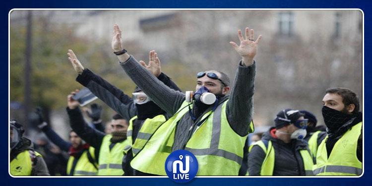 أكثر من 10 آلاف متظاهر في احتجاجات  ''السترات الصفراء'' بفرنسا