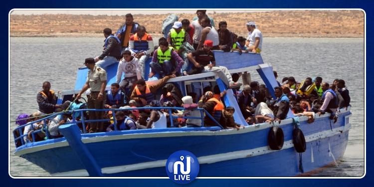 مدنين: مهاجرون غير نظاميين يمكثون قبالة ميناء جرجيس بعد عجز الولاية عن استقبالهم