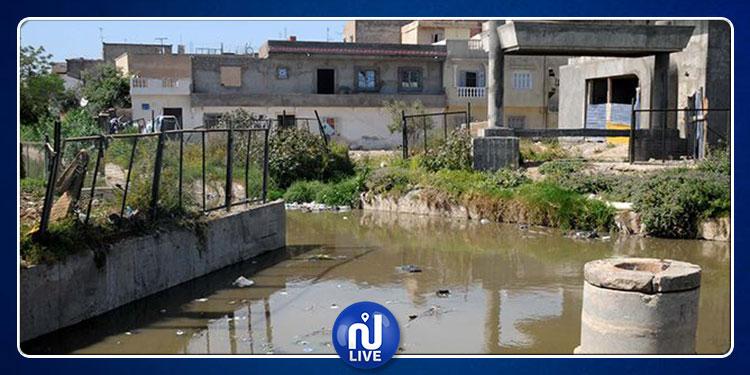 غمراسن: وضع بيئي صعب نتيجة المياه المتسربة من شبكة التطهير والعيون المتفجرة