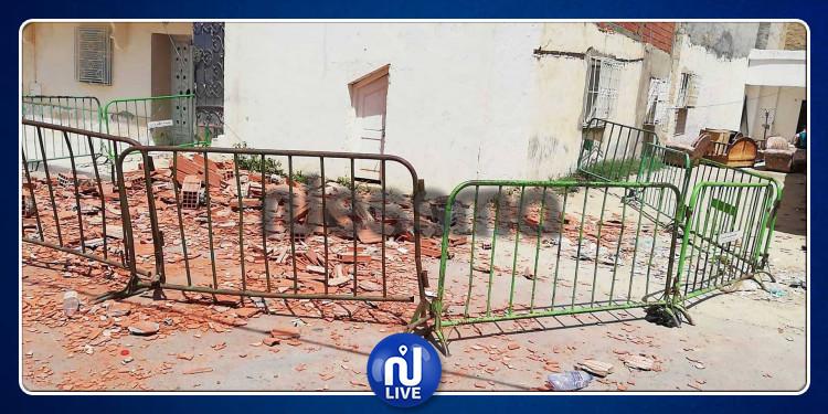 القيروان: انهيار جدار منزل يقتل امرأة مسنة في حي المنشية (فيديو)