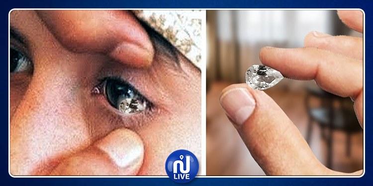 Elle pleure des cristaux! (Vidéo)