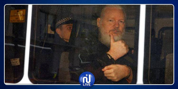 WikiLeaks: Assange est traité pire que les terroristes