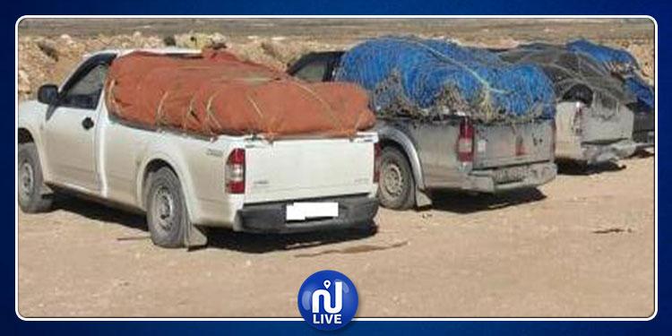 القصرين:  مهربون يسترجعون سيارتهم بمعية أقاربهم بعد أن حجزتها الديوانة