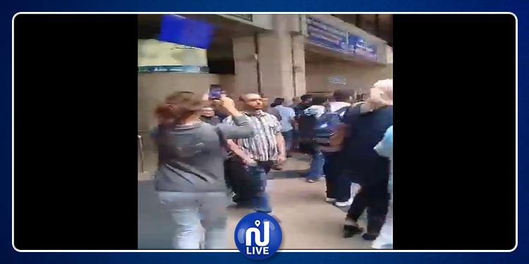 محطة برشلونة: غضب واحتقان في صفوف المسافرين ورفع 'ديڨاج' في وجه المسؤولين (فيديو)
