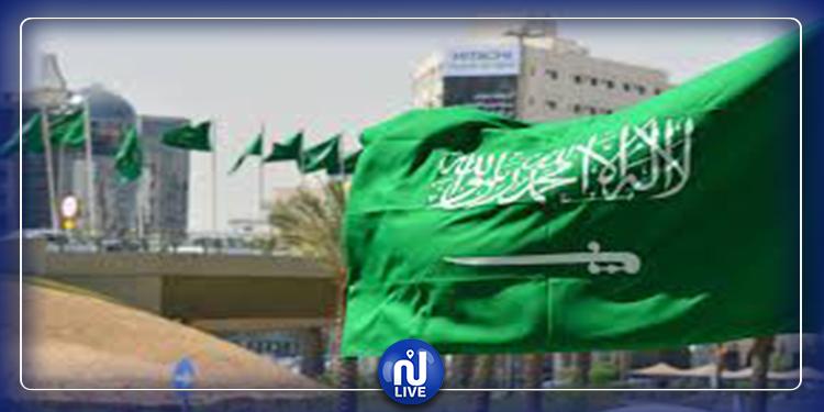 رويترز: السعودية تحتجز مثقفين وكُتّاب