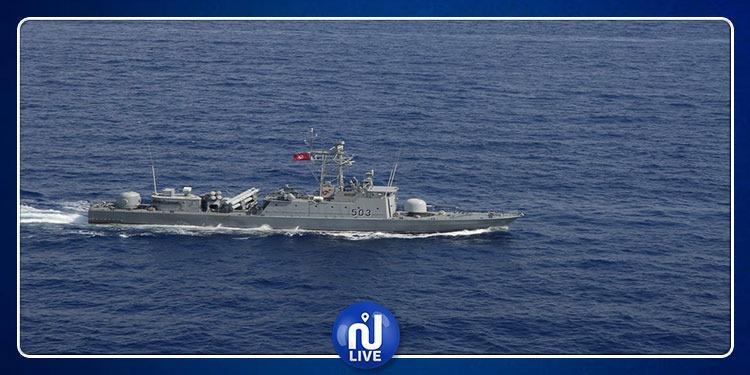 صفاقس: إغاثة 74 تونسيا تعطل قاربهم في عرض البحر