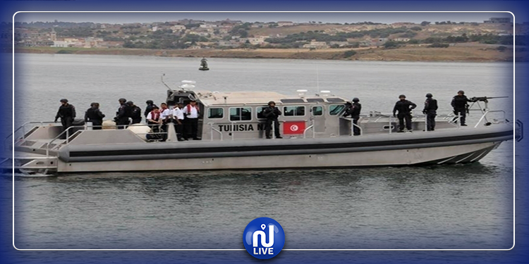 الهوارية: وحدة بحرية تابعة للجيش تنقذ تونسيين تعطب مركبهم
