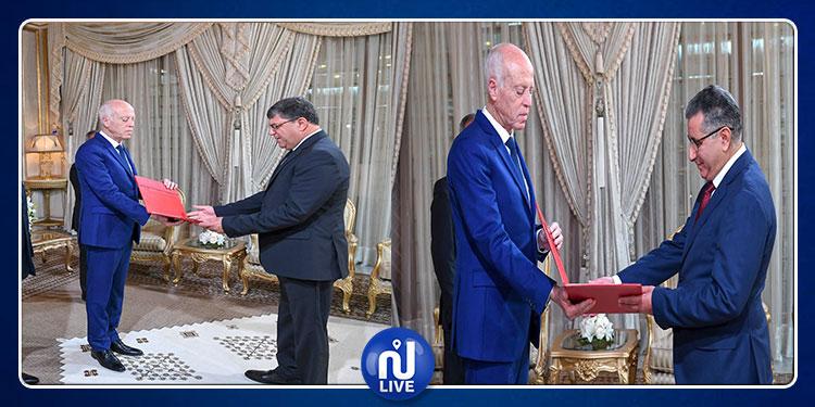 رئيس الدولة يشرف على موكب تسليم أوراق اعتماد سفيرين جديدين لتونس