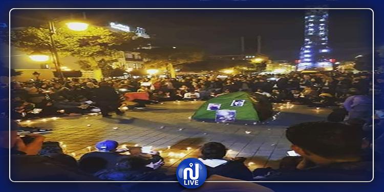 الشموع تضيئ شارع الحبيب بورقيبة ترحما على ضحايا فاجعة عمدون (فيديو+صور)