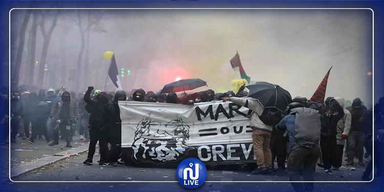 Paris-Retraites: des affrontements entre les manifestants et la police