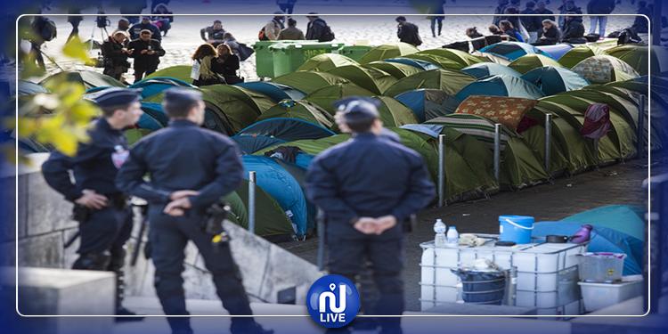 الشرطة الفرنسية تُخلي مخيم لاجئين في باريس