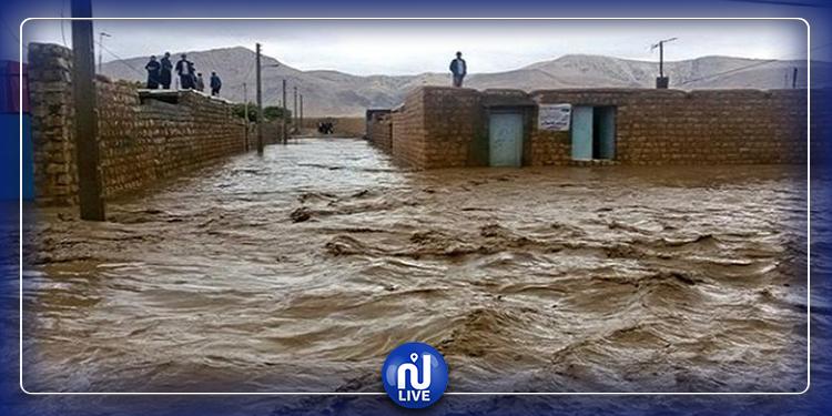 فيضانات عارمة تجتاح إيران