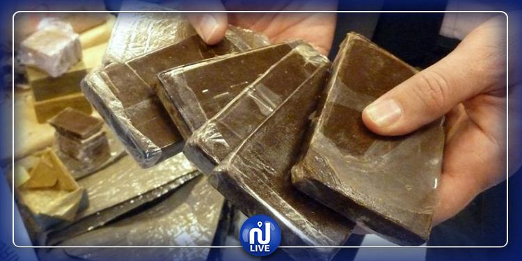 القصرين: حجز 10 صفائح من مخدر القنب الهندي ''الزطلة''