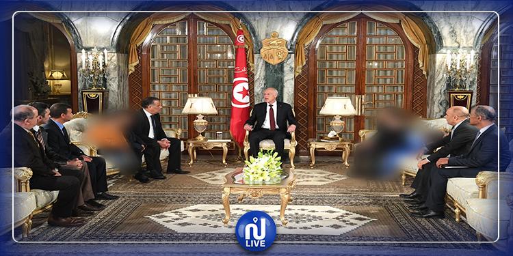 رئيس الجمهورية يستقبل 5 أطفال أعيدوا من ليبيا