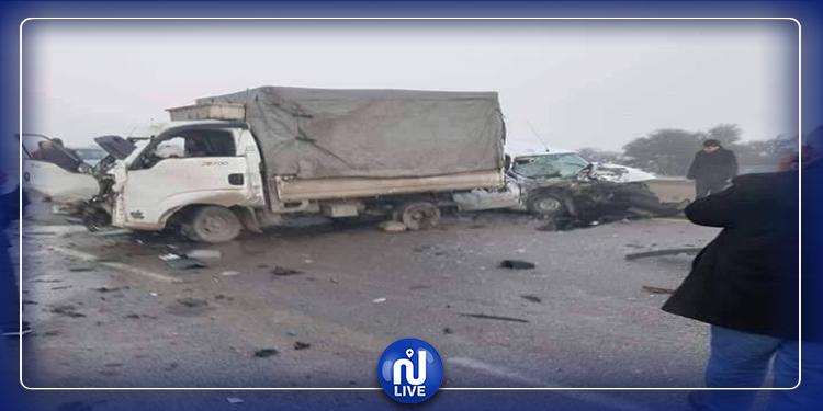 قتلى وعشرات الجرحى بالطريق السيارة في الجزائر (صور)