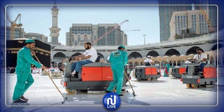 السعودية: تعقيم الحرم المكي 4 مرات يوميا (صور)