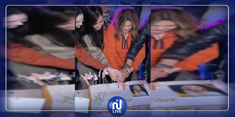 يسرى تتأثر إلى حد البكاء في عيد ميلادها ال65 !( فيديو)