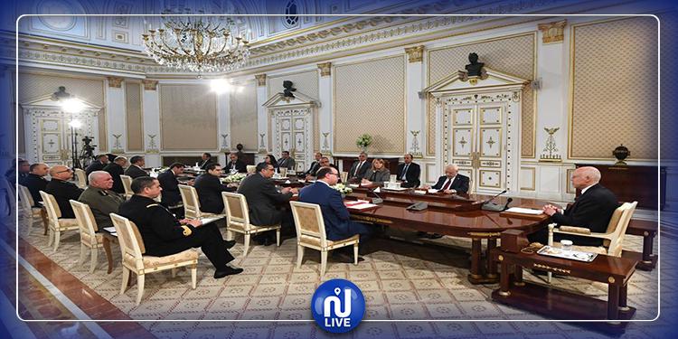 رئيس الدولة:لا بد من التعجيل بإتخاذ الإجراءات الكفيلة بإيصال المؤونة للتونسيين