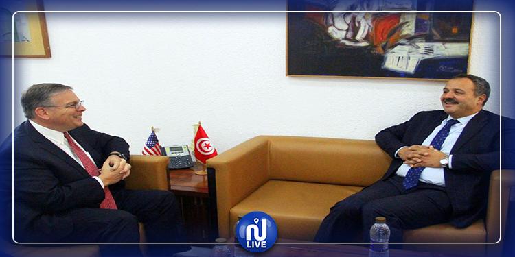 أمريكا مستعدة لمساعدة تونس في مكافحة وباء كورونا