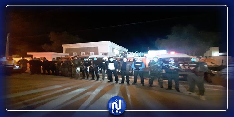 تطاوين: الوحدات الأمنية والعسكرية  تراقب التزام المواطنين بحظر الجولان (صور)
