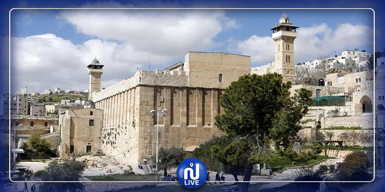 الكيان الصهيوني يستولي على أراضي الحرم الإبراهيمي