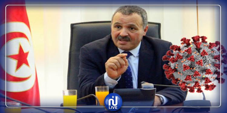 وزير الصحة يكشف مدة بقاء فيروس كورونا على الثياب والبلاستيك  والأوراق
