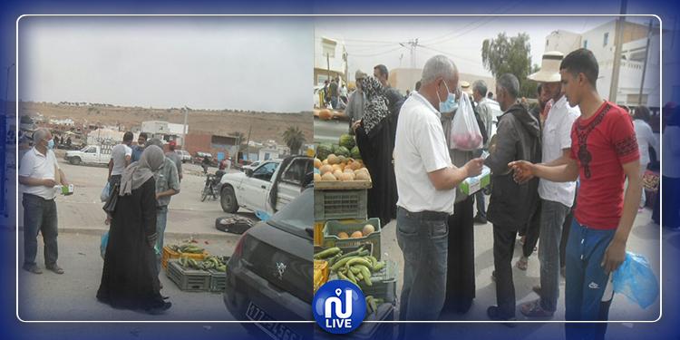 تطاوين : حملة تحسيسية وتوزيع عدد من الكمامات على المواطنين (صور)