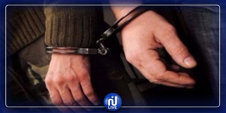 جندوبة:  القبض على شخصين بصدد اجتياز الحدود الجزائرية التونسية
