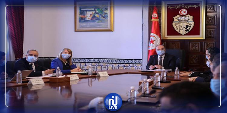 6 projets de décrets et décrets-lois adoptés en conseil des ministres