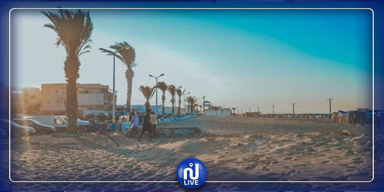 بلدية رواد : تنظيف الشاطئ استعدادا لموسم الإصطياف