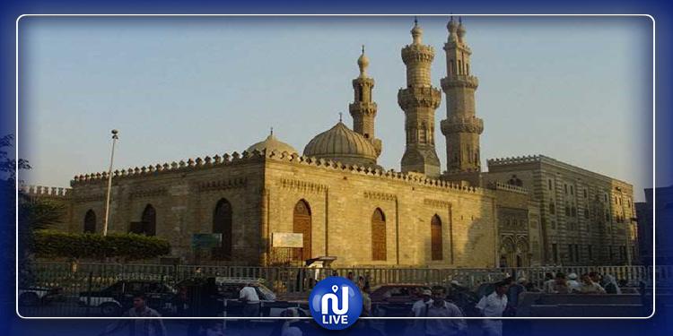 مصر: غلق مسجد الإمام الحسين والتحقيق مع العاملين فيه