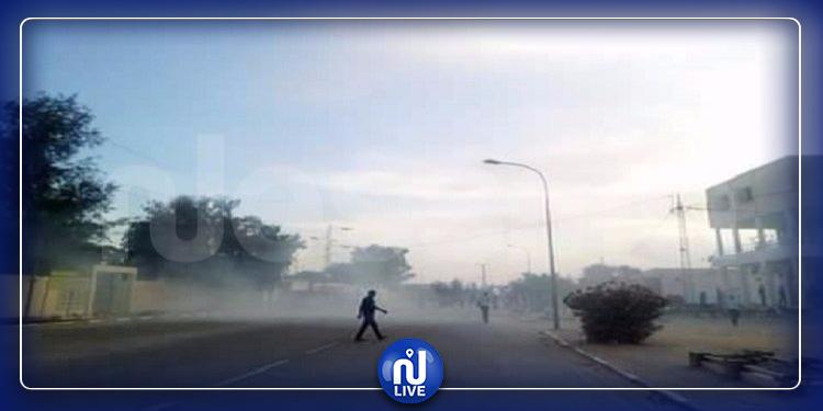 منوبة: تضرر 3  سيارات أمنية بعد رشقها بالحجارة من قبل محتجّين