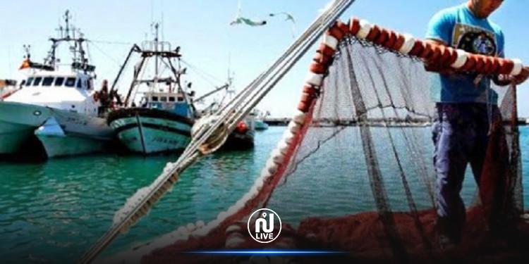 وقفة احتجاجية ويوم عضب وطني للبحارة بكامل الموانئ التونسية